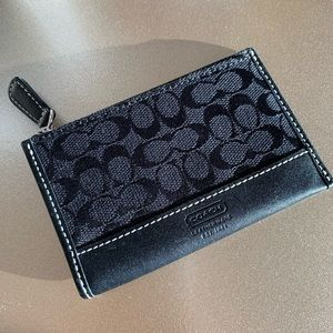 Coach Women's Corner Zip Coin Case
